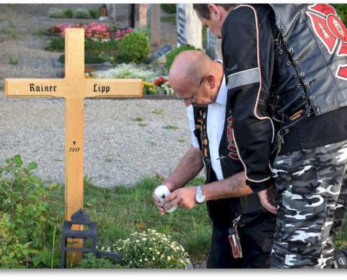 reknights germany1 memorial run 2018 padre besuch auf friedhof ernst drappiert lebenslicht